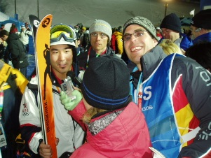 Frowned on in ONS circles, the author mugs for the camera right after Vail�s Toby Dawson claimed moguls bronze.
