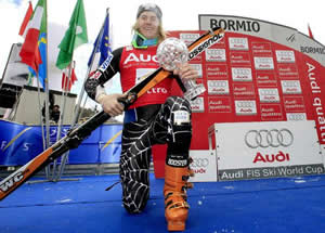Hand Ligety busted in Bormio gets fixed in Vail