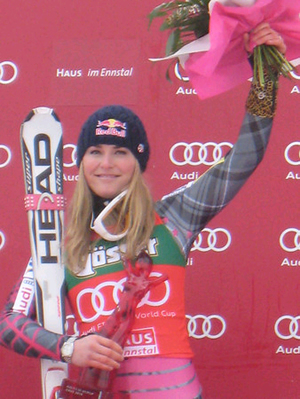 Vail's Vonn completes hat trick; now just four wins shy of Bode's all-time U.S. mark